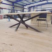 Někdy to u nás vypadá i takto😂 testovací centrum stolů a podnoží #stůl #stul #jidelnistul #jidelna #jidelnizidle #jidelnistoly #jedalen #jedáleň #jedalenskystol #jedalenskestoly #stol #tisch #tischdeko #tischdekoration #tischkultur #esstisch #esstische #esszimmer #esszimmertisch #esszimmermöbel